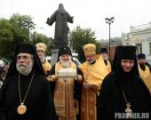011. Архиепископ Истринский Арсений