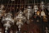 014. Все лампады - дары от людей, которым чудным образом помог святитель