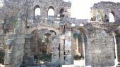 022.Развалины некогда величественного храма, потом превращенного в мечеть
