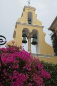 023. Звонница в монастыре традиционна для всего Корфу