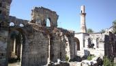 023.Развалины некогда величественного храма, потом превращенного в мечеть