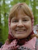 паломница Валентина Богданова в лесу оптинского скита