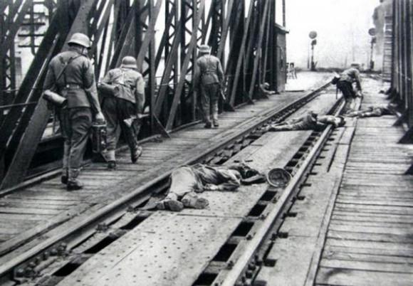 009.Первый день войны в Перемышле (сегодня — польский город Пшемысль) и первые погибшие захватчики